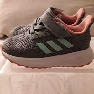Adidas duramo Gray mesh green stripes